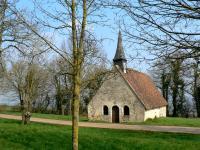 La chapelle Saint-Anne près de Bouhy